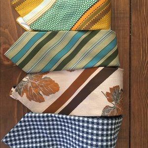 Vintage retro groomsman tie gold blue green